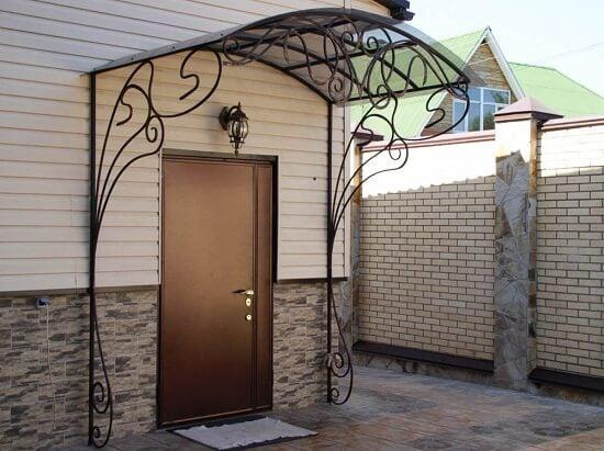 Входные двери для дачи. Купить металлические двери на дачу | Дверной Олимп